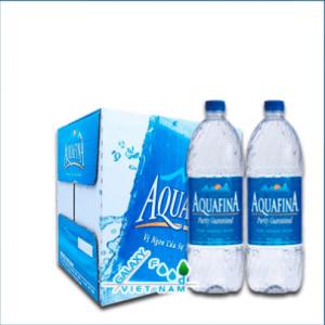 Thùng-nước-tinh-khiết-Aquafina-1.5 -ít