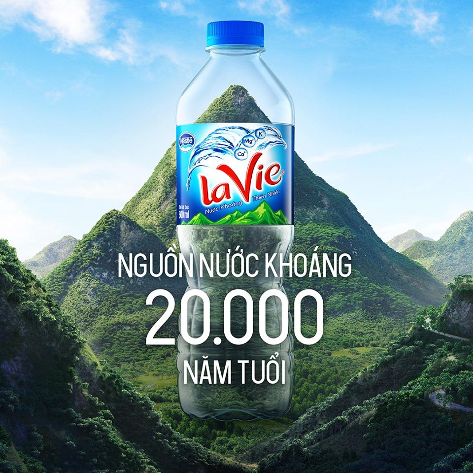 Nước khoáng Lavie Hoàn Kiếm